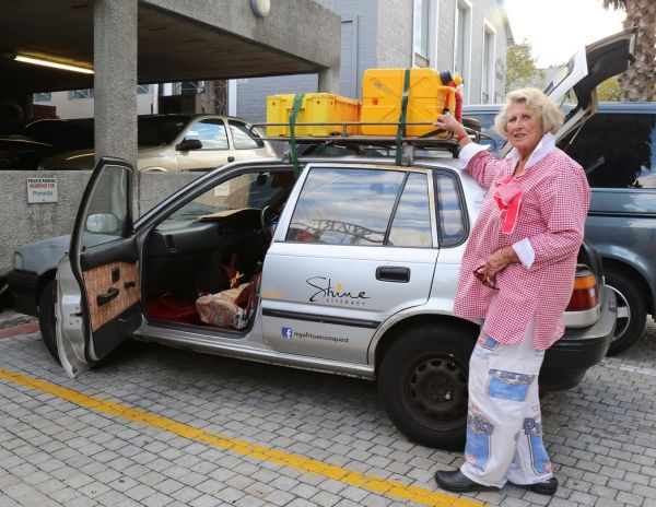 80 years old lady travels from Cape Town to Cairo using old car
