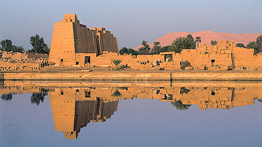 Sacred Lake of Karnak Temple _ Luxor