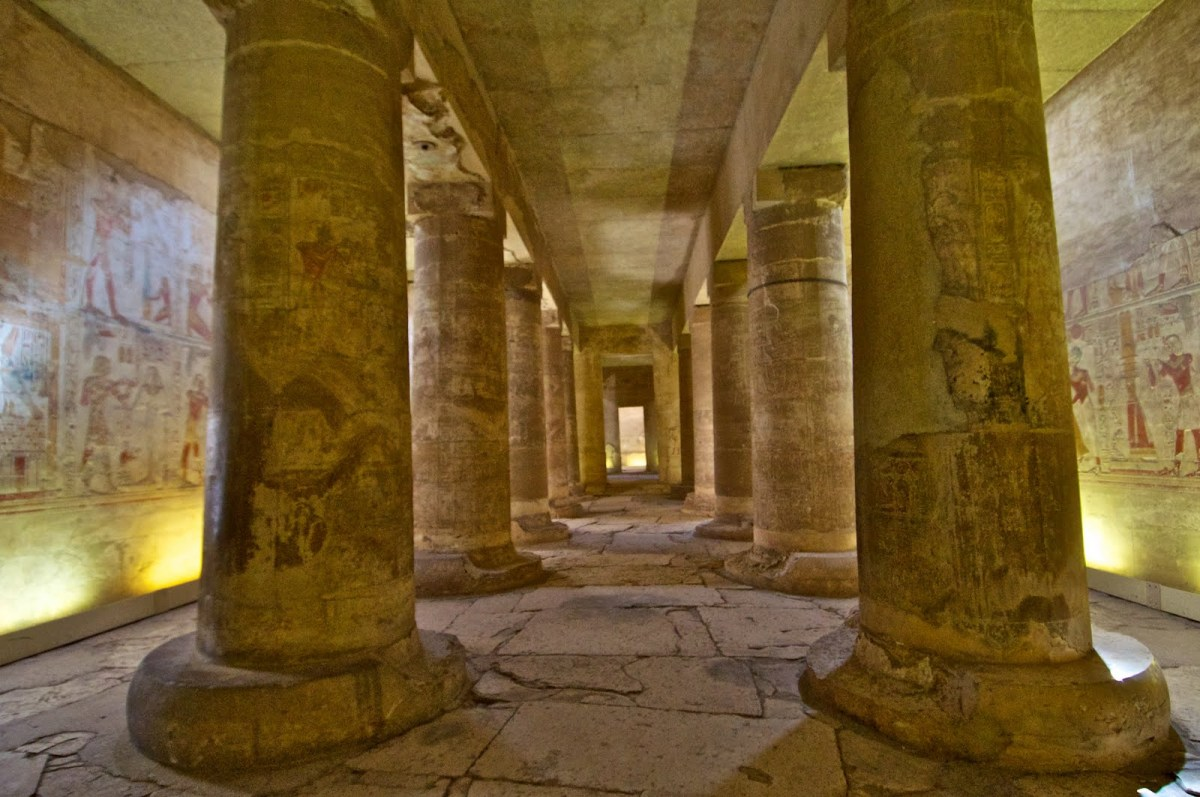 Cairo, Alexandria, Abydos, Nile Cruise & Hurghada 14 Day / 13 Night Tour Package